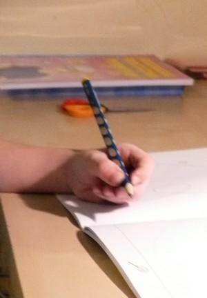Držení tužky