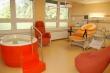 Porodní pokoj s relaxační vanou