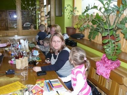 Lucka s Anetkou, Pepíček s tetou, Jana s Vašíčkem