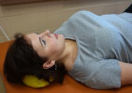 Správná opora pod hlavou při cvičení v těhotenství