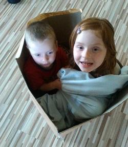 Děti v krabici
