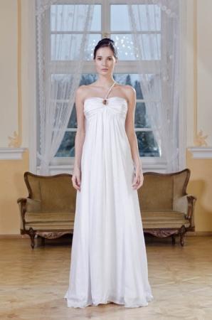 a1cc99801cd Svatební šaty Gábiny Páralové