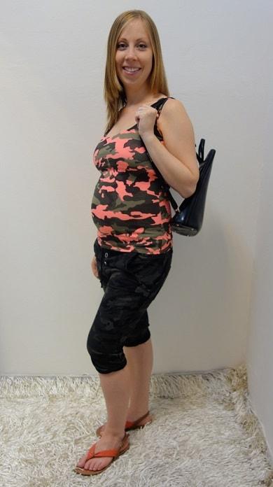 Těhotenské oblečení - tříčtvrteční kalhoty s tílkem