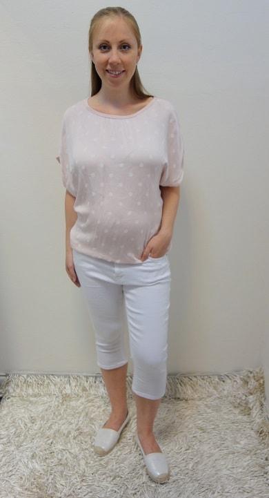 Těhotenské oblečení - tříčtvrteční kalhoty s halenkou