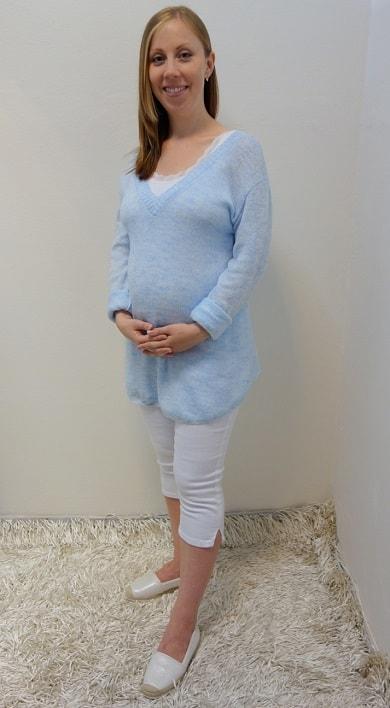 Těhotenské oblečení - tříčtvrteční kalhoty se svetrem