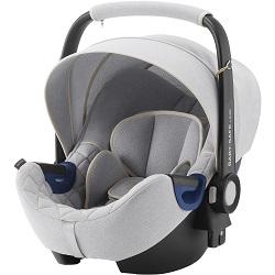 Autosedačka Baby Safe 2 isize se základnou isofix patří podle nezávislých testů mezi nejbezpečnější v kategorii vajíček.