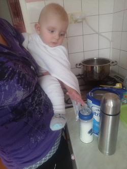 Testování mléka Nutrilon 2